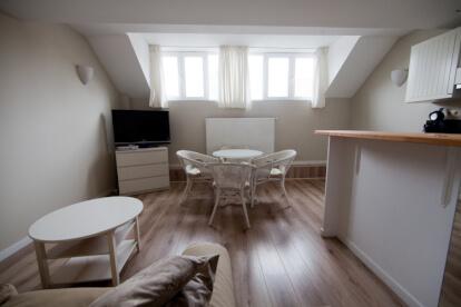 furnished-apartment-in-brussels-schuman-eu-district CU213A