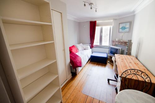 furnished-studio-in-brussels-schuman-eu-district- PL331De
